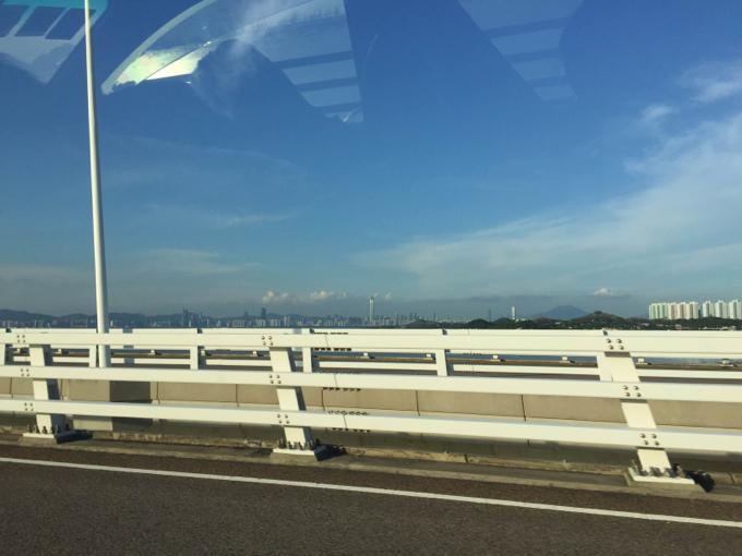 香港 深セン湾